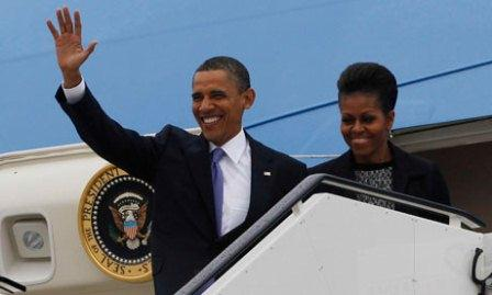 President Obama arrrives in Ireland.