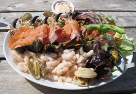 Irish Seafood platter - Linanne's Lobster Bar, New Quay, County Clare